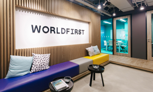 worldfirst-office-m