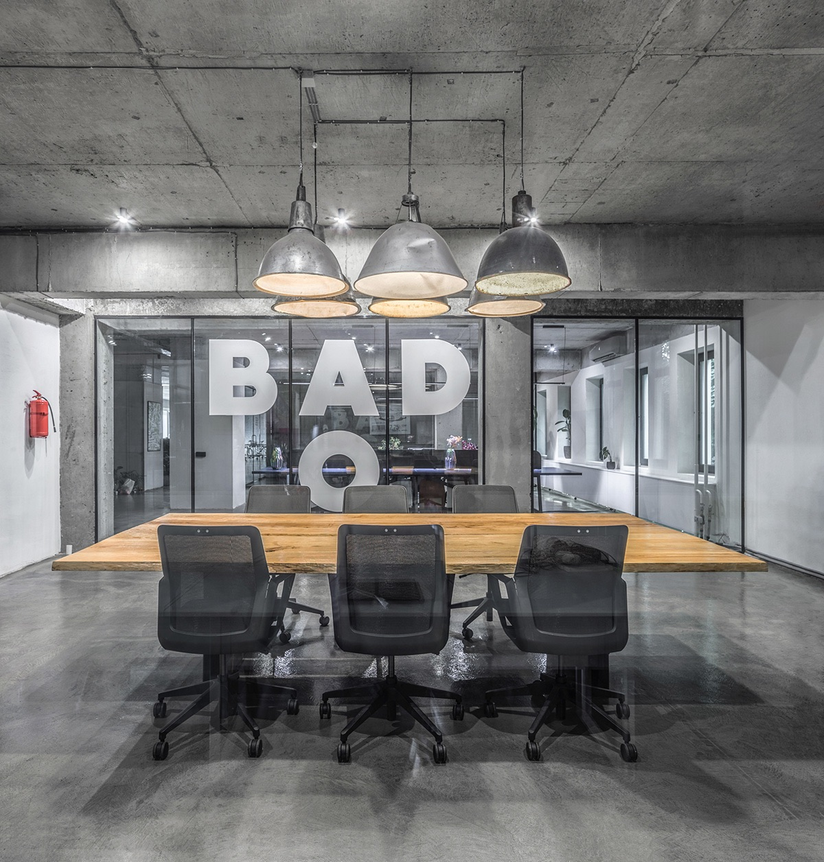 banda-agency-office-4
