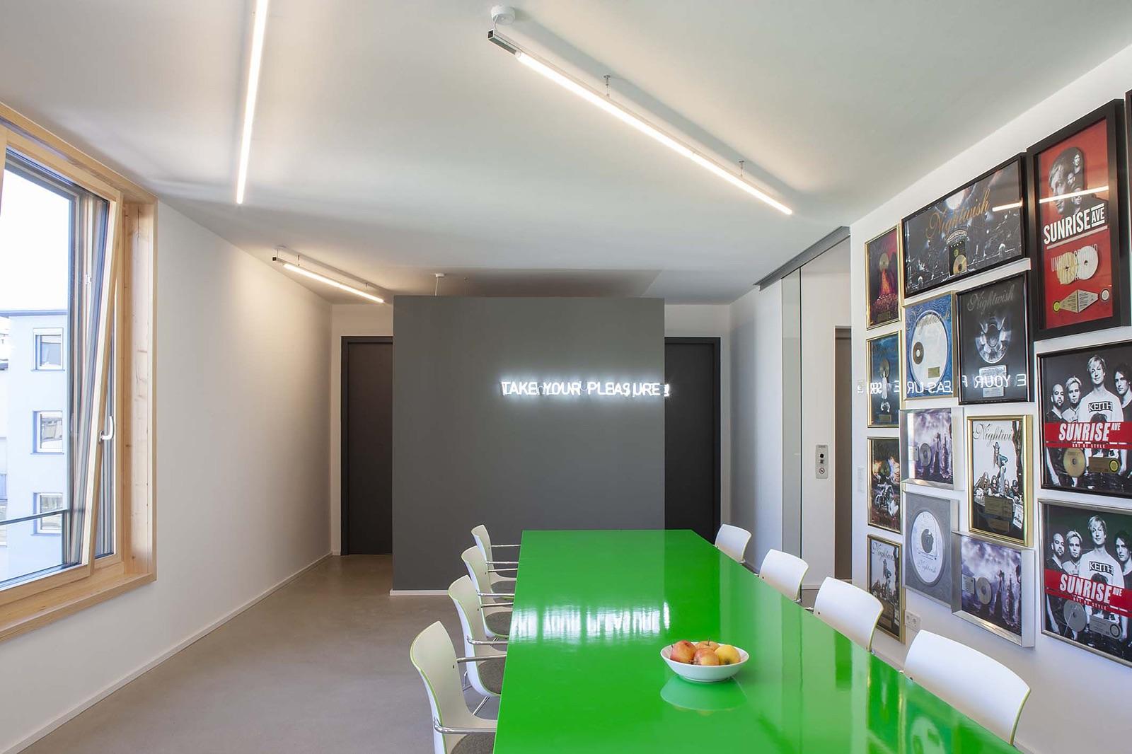 contra-bochum-office-11
