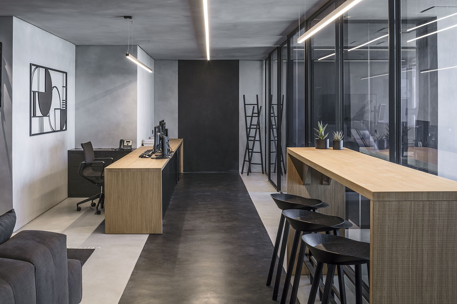 financial-company-office-tel-aviv-3