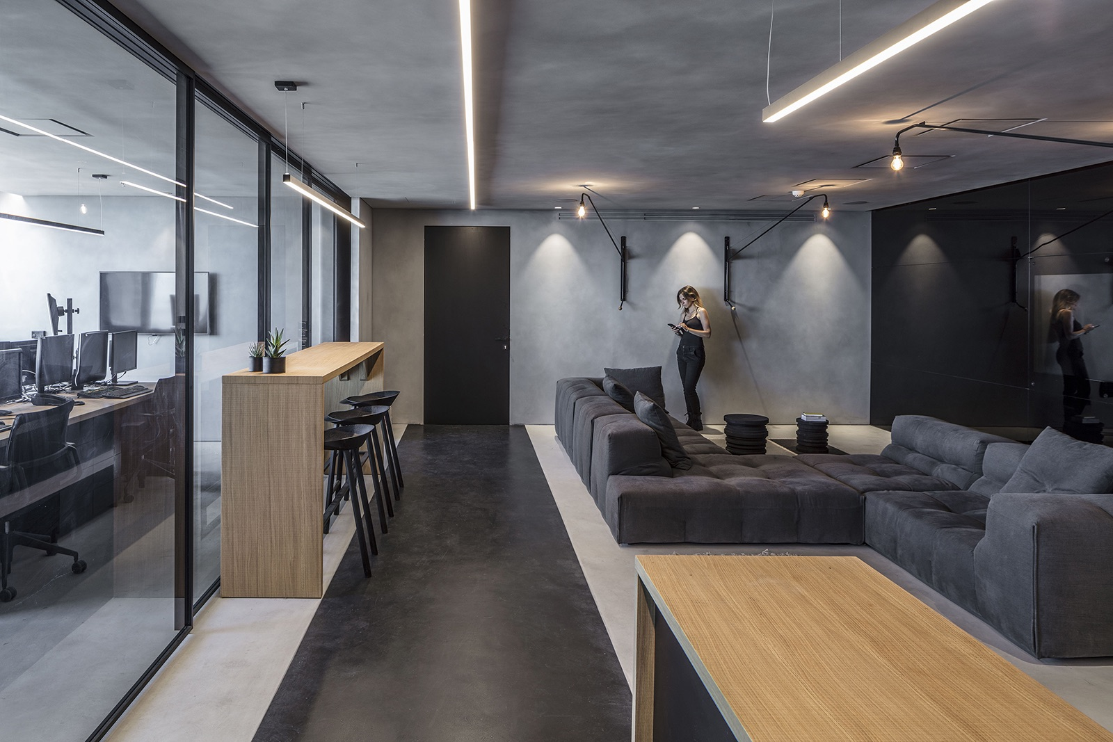 financial-company-office-tel-aviv-4