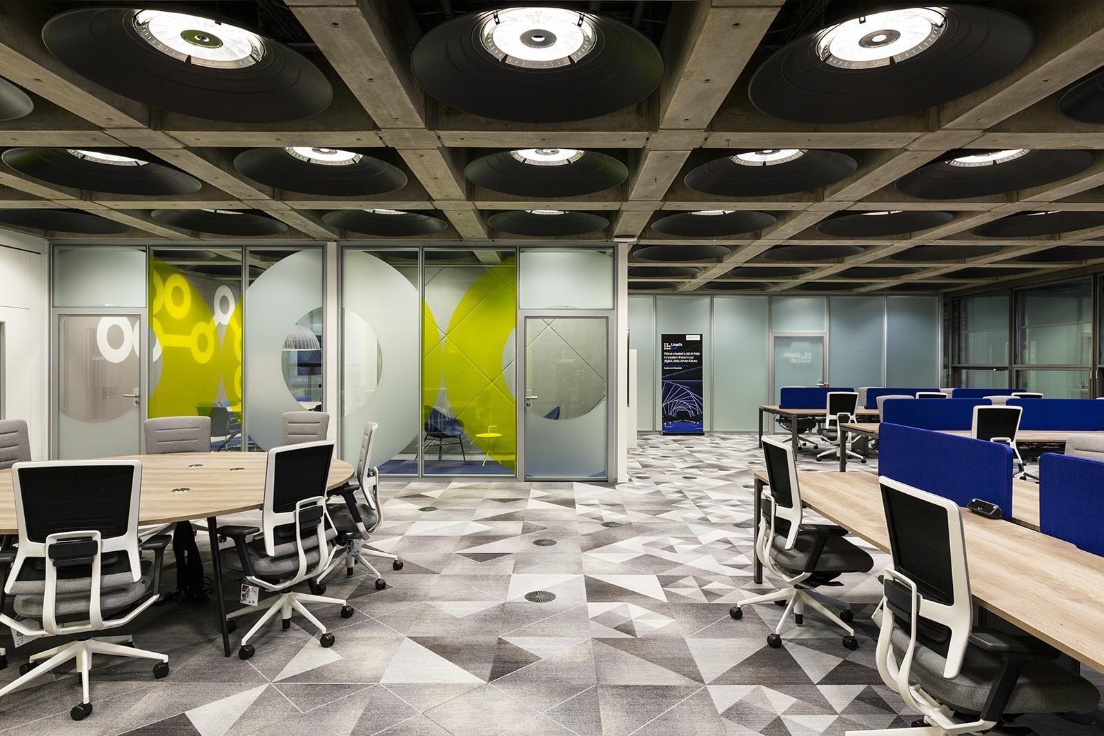 lloyds-office-london-1