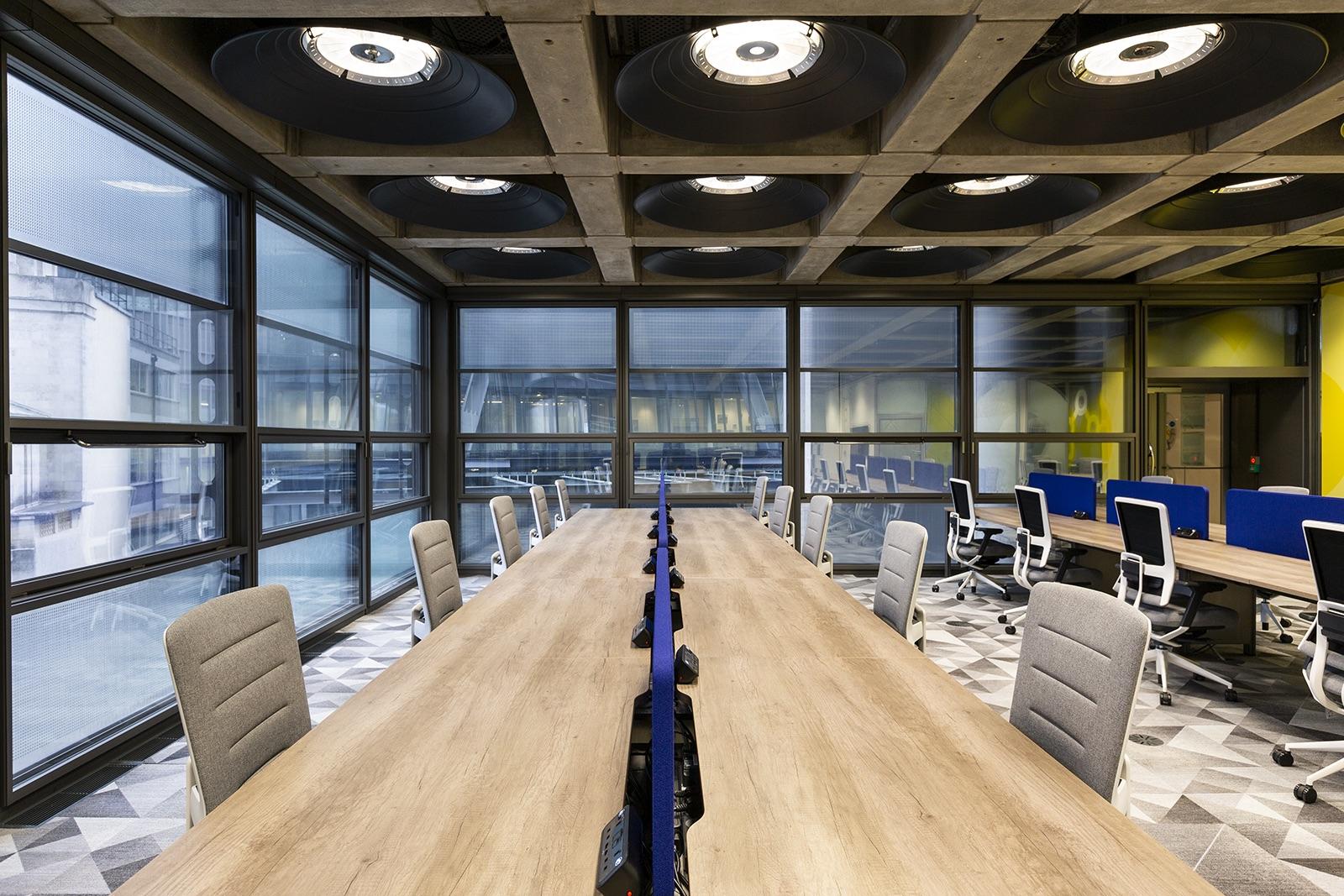 lloyds-office-london-3