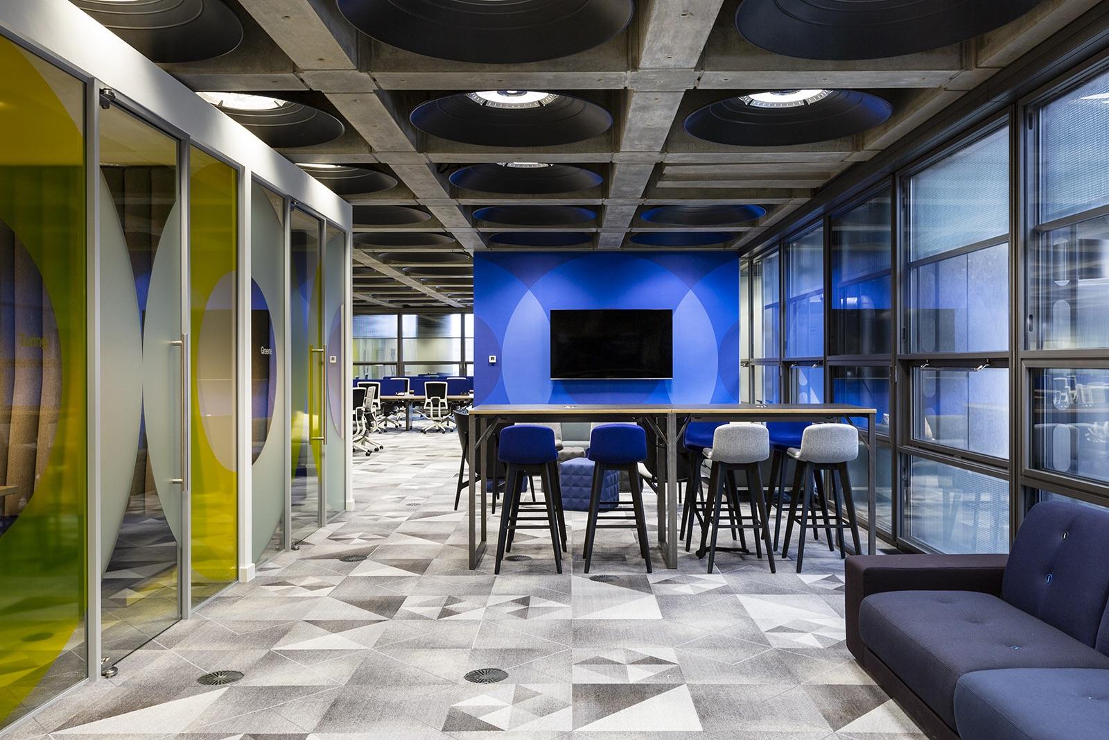 lloyds-office-london-8