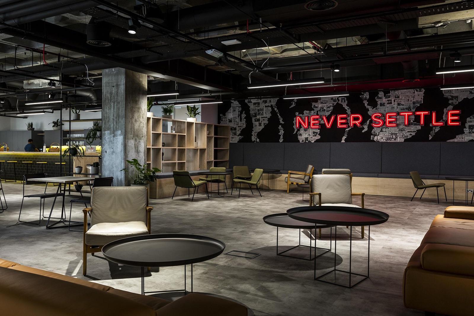 revolut-office-london-8