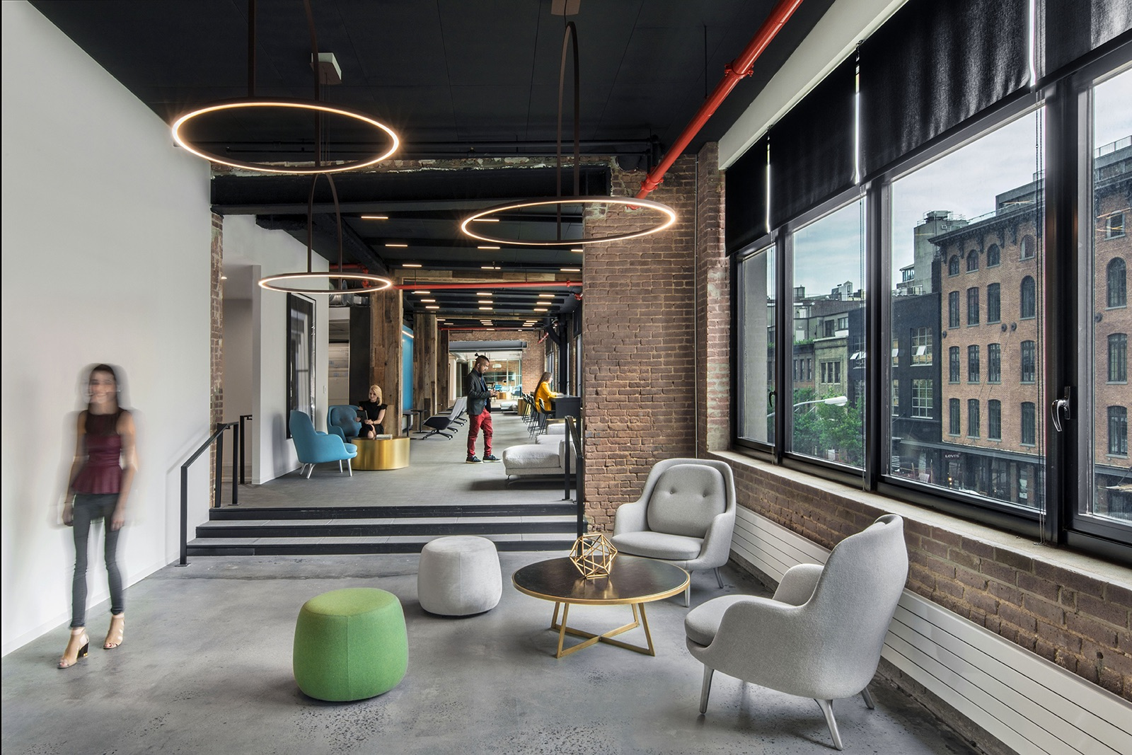 A tour of argo group s modern nyc office officelovin 39 - Interior design firms nyc ...