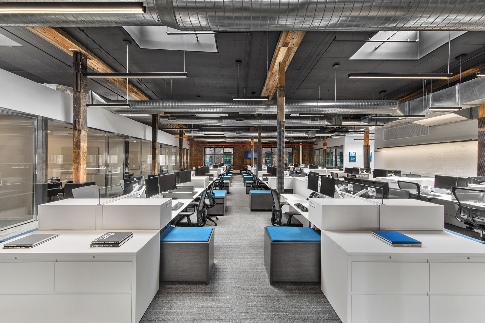 A Tour Of Argo Group S Modern Nyc Office Officelovin