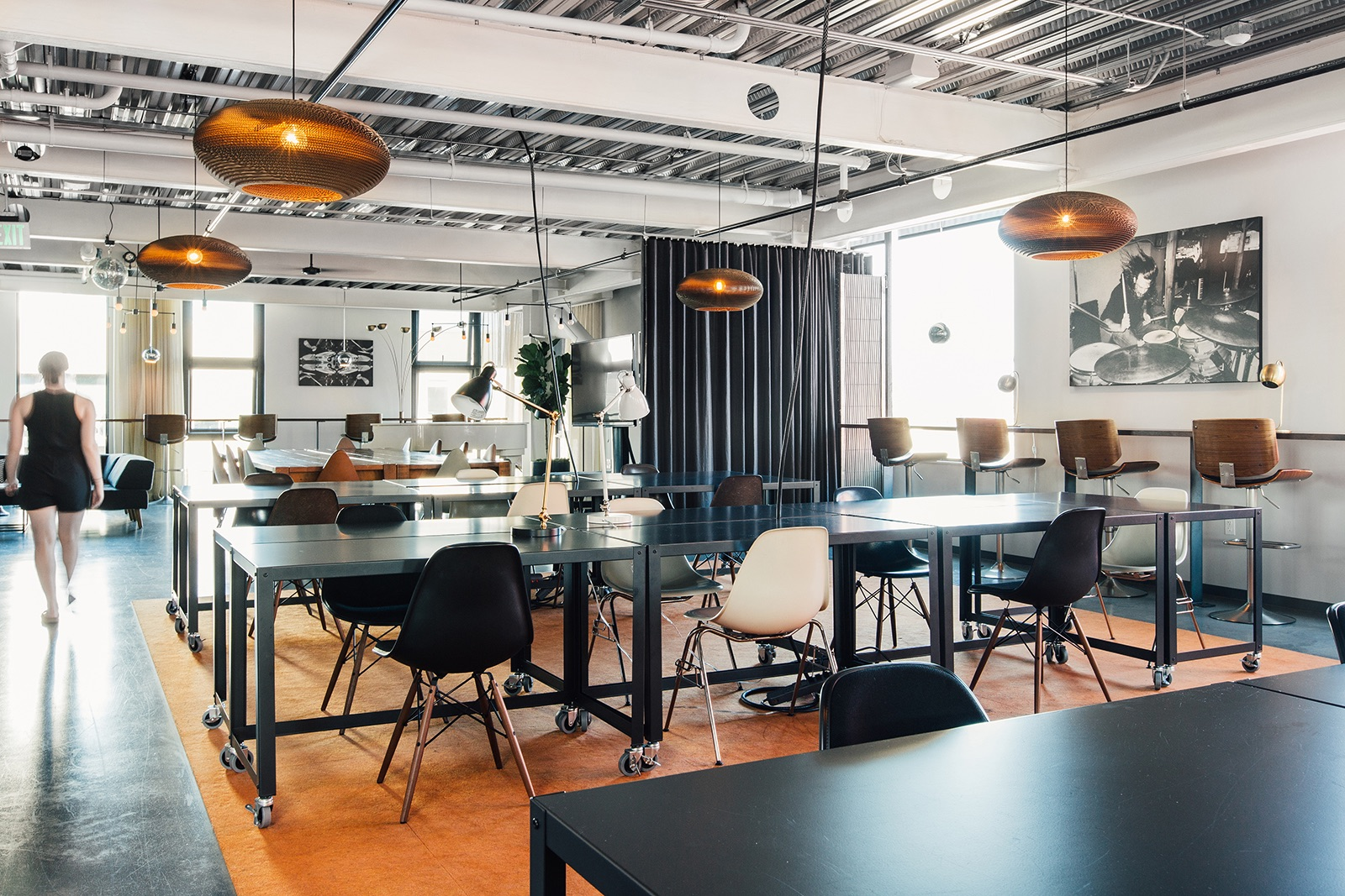 cloudroom-seattle-workspace-3