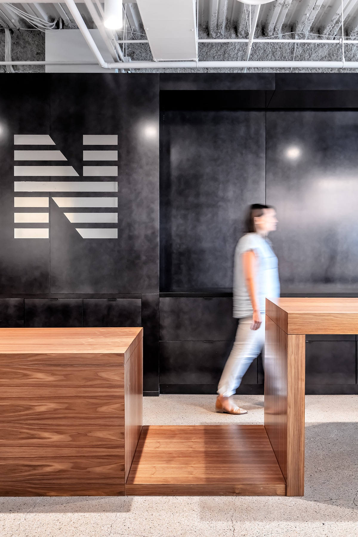 newmark-knight-frank-office-2