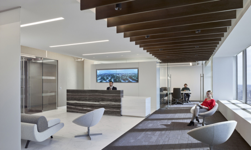 trading-screen-nyc-office-m1