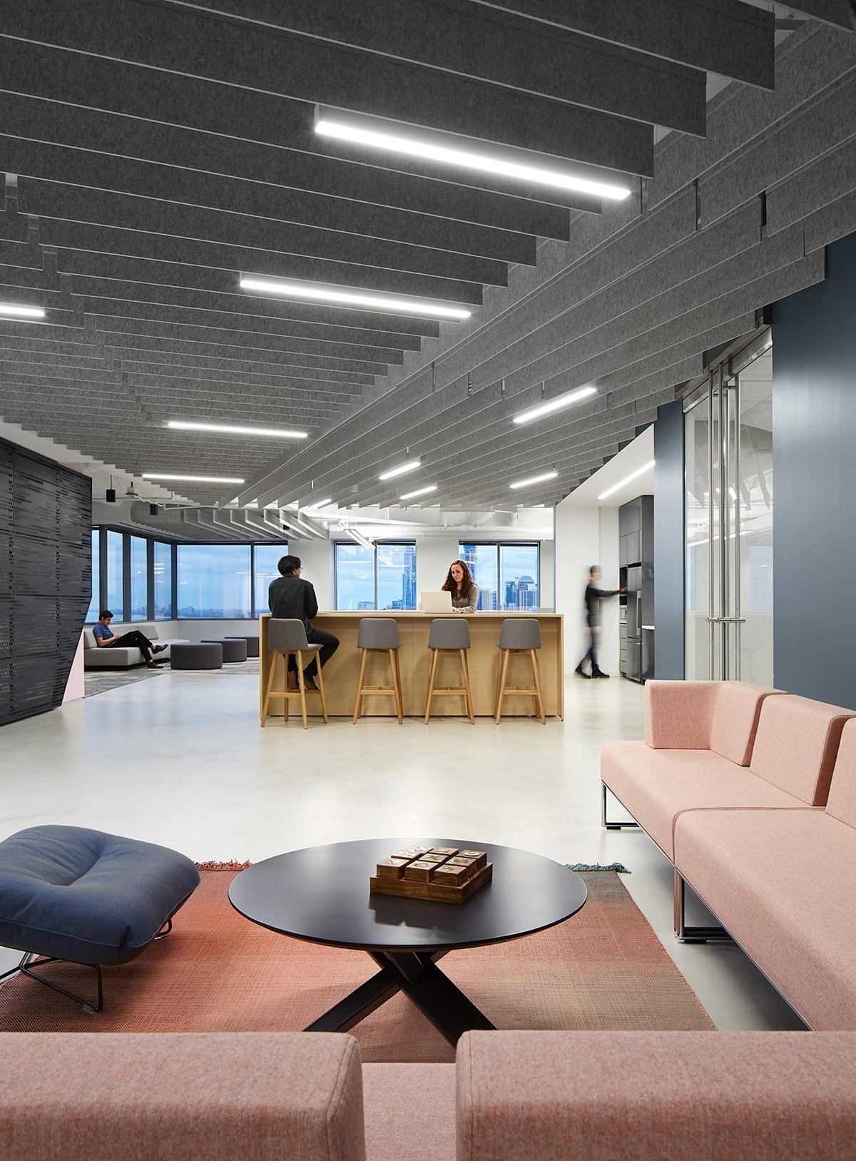2-pru-office-chicago-2