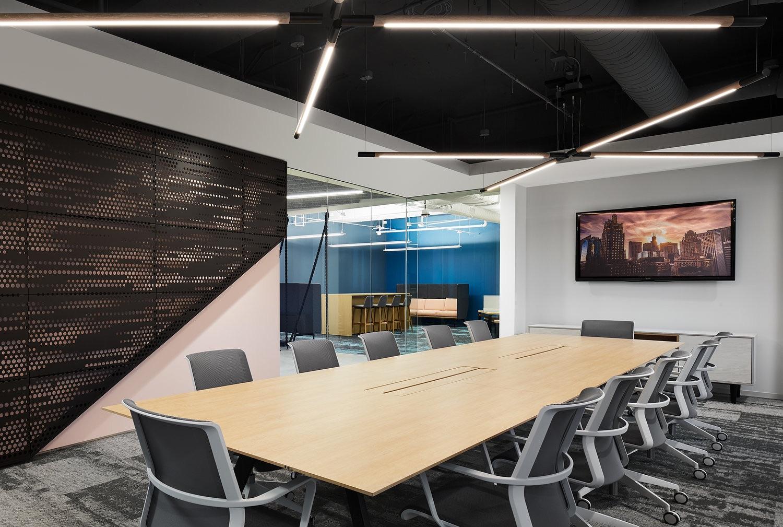 2-pru-office-chicago-4