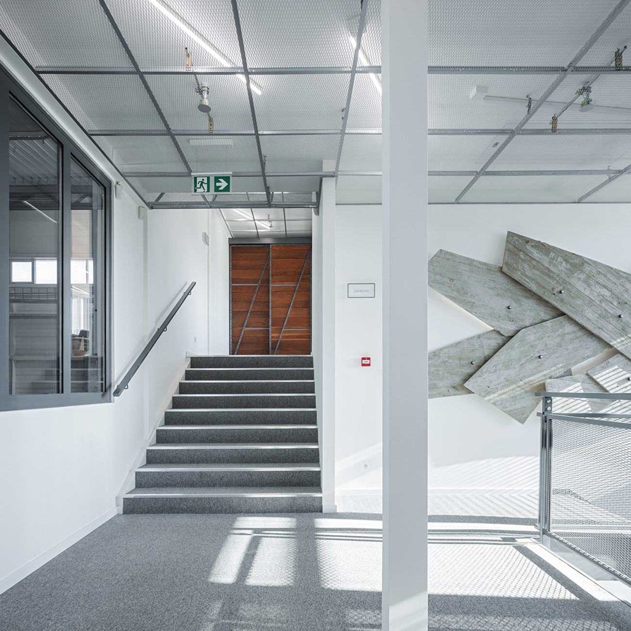 dhl-prague-office-2