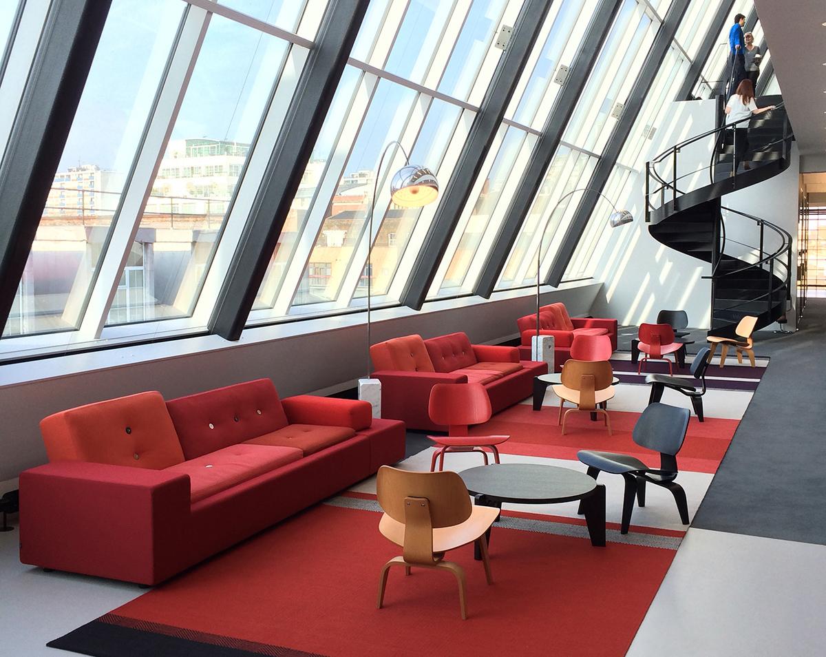Inside Hill+Knowlton's Modern London Office