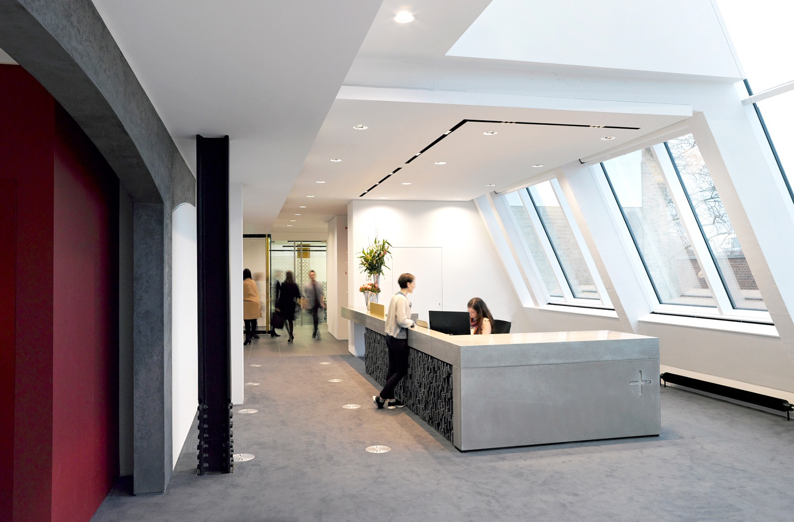 hill-knowlton-office-2