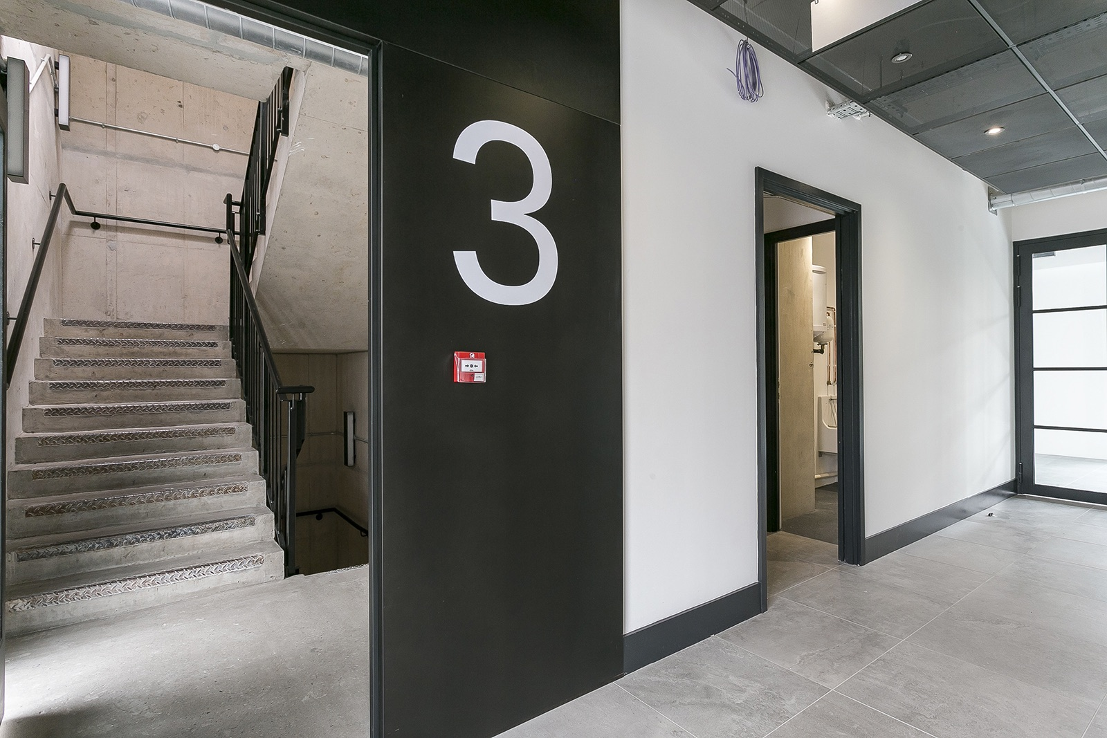 aitch-group-office-london-13