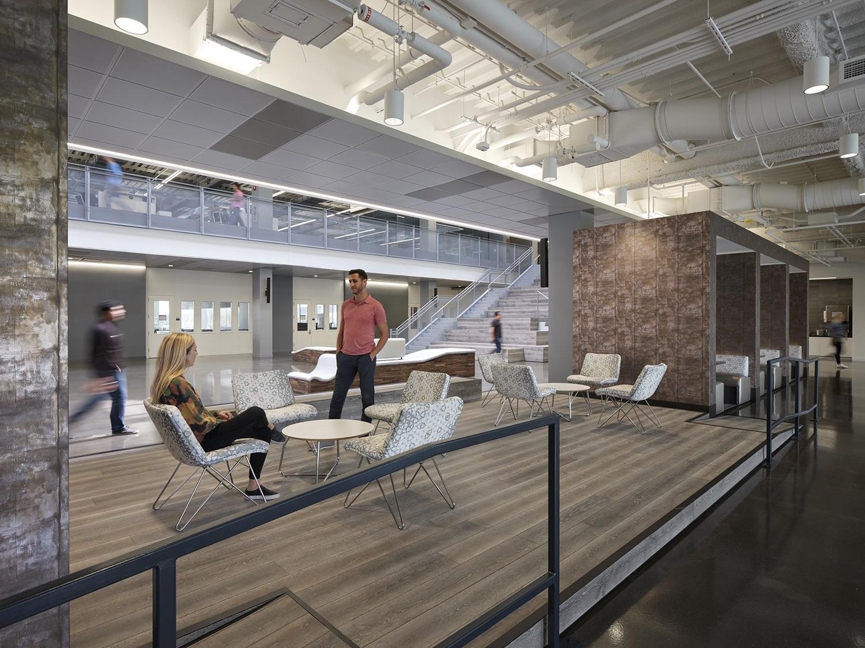 c-h-robinson-office-chicago-10