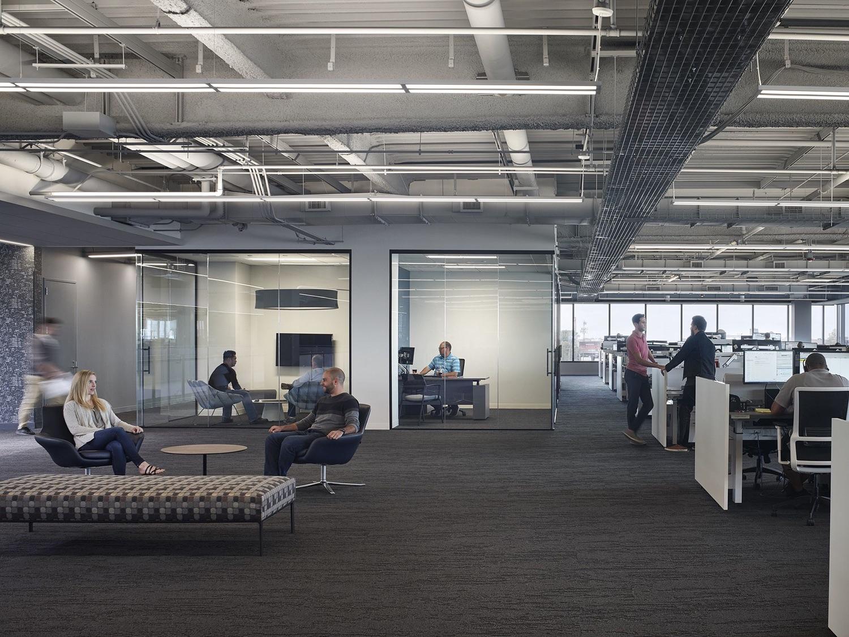 c-h-robinson-office-chicago-14