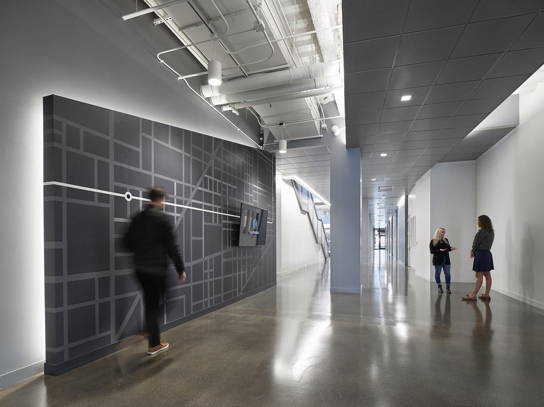 c-h-robinson-office-chicago-15