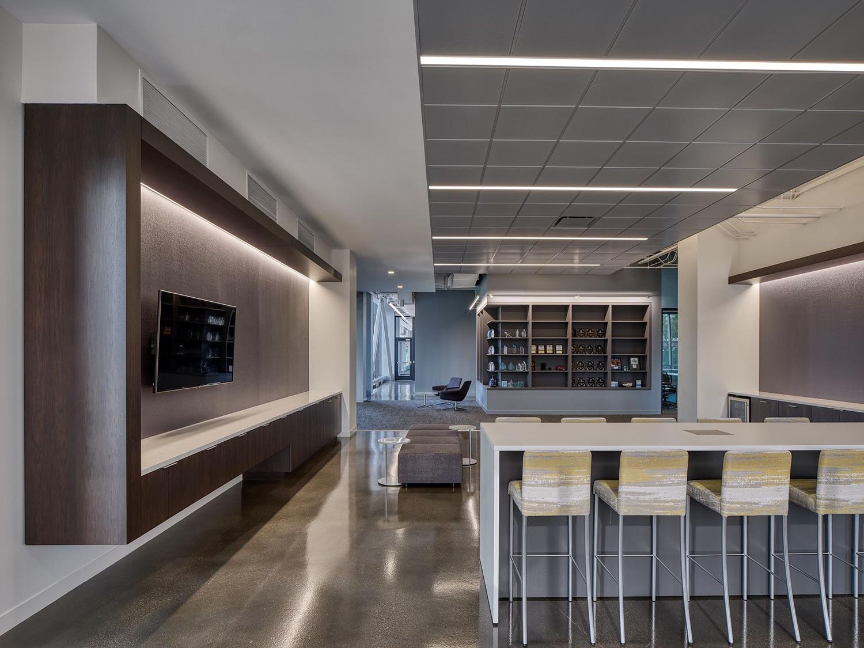 c-h-robinson-office-chicago-16
