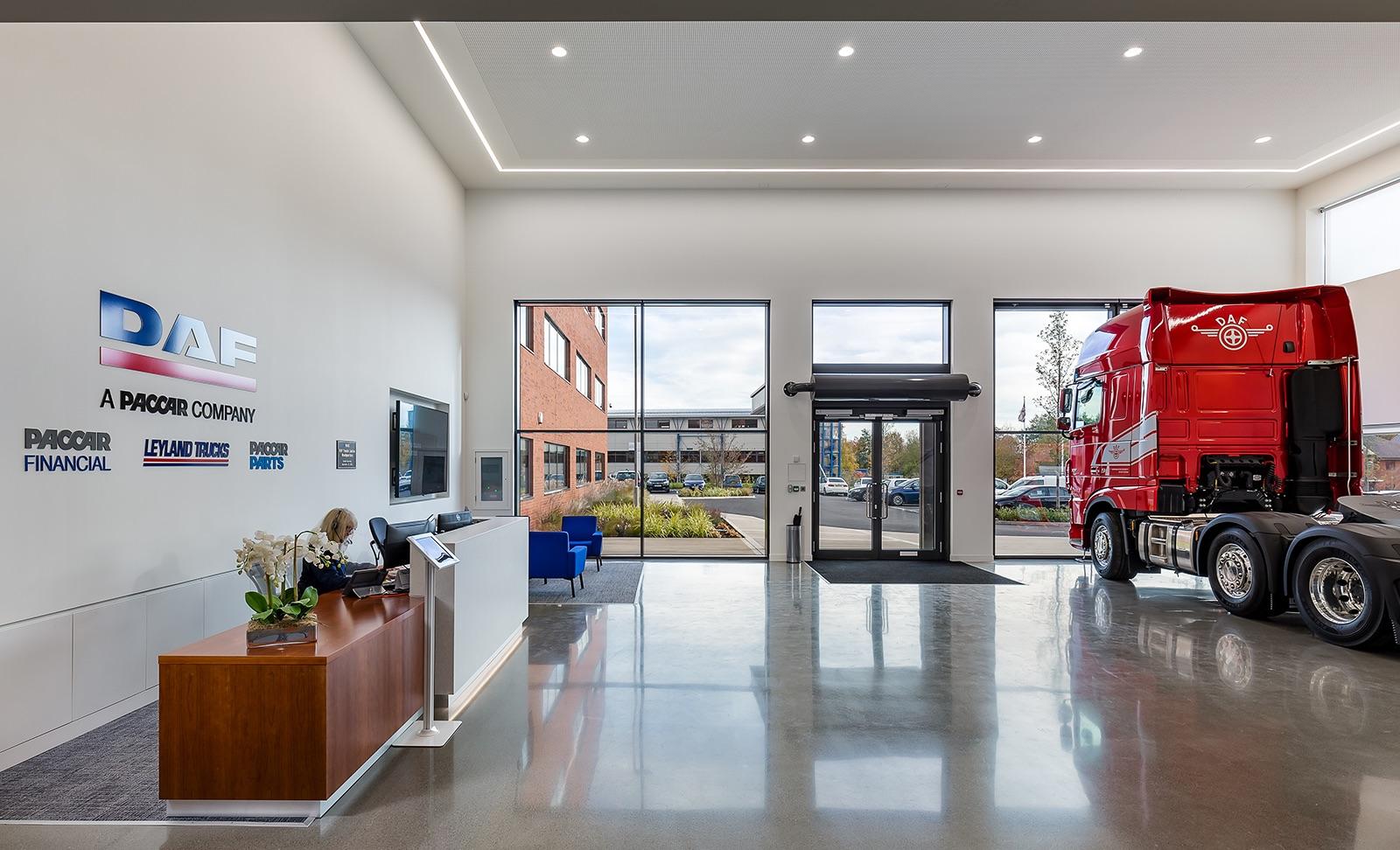 A Look Inside Daf Trucks New Uk Headquarters Officelovin