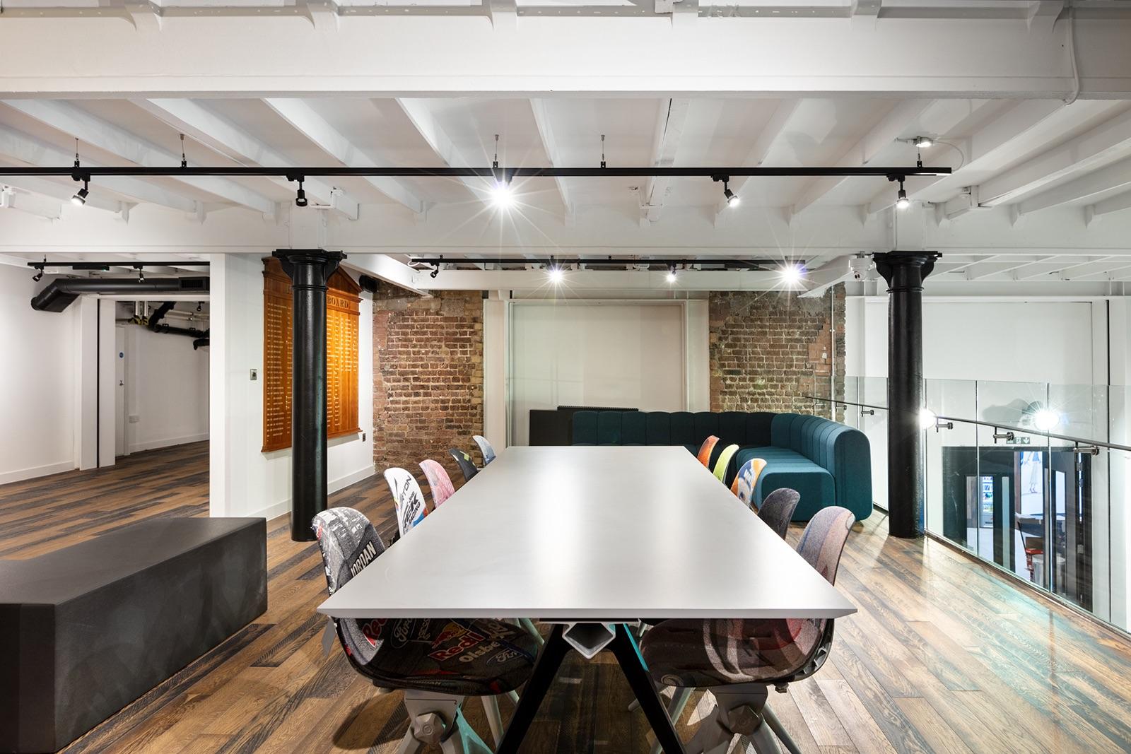 redbull-london-office-13