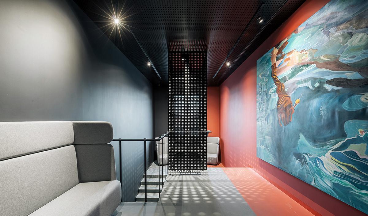 Take a Look Inside Vinzer's Modern Kiev Office
