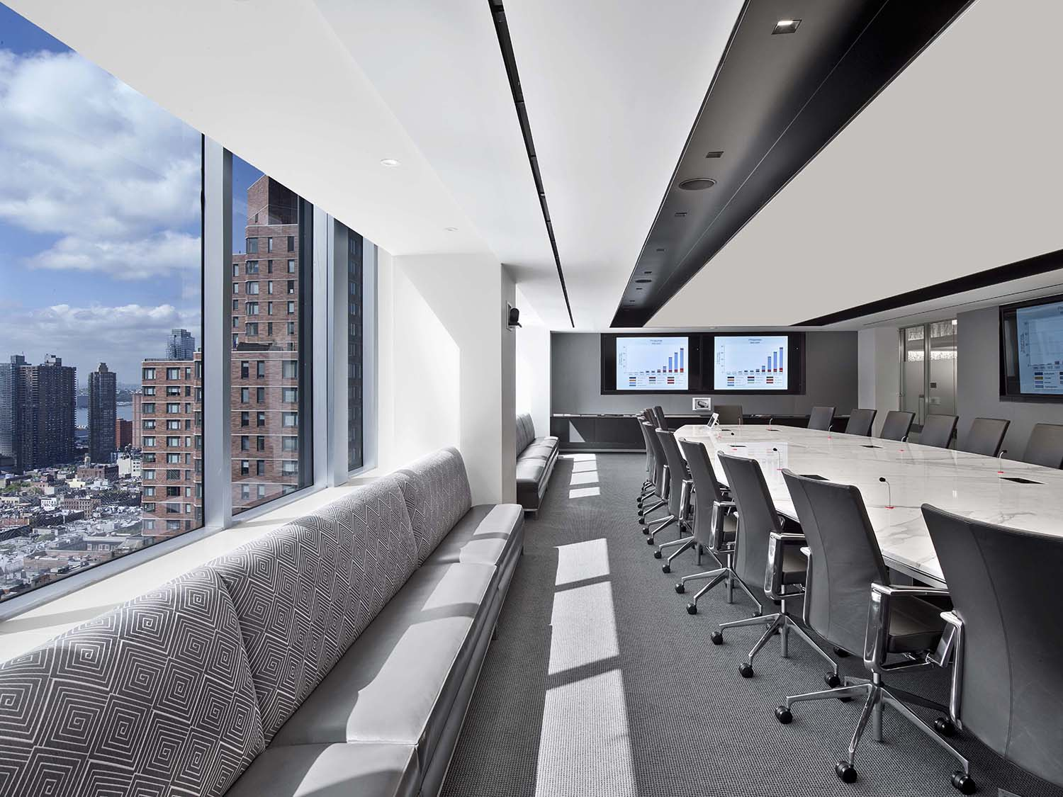 assured-guaranty-office-9