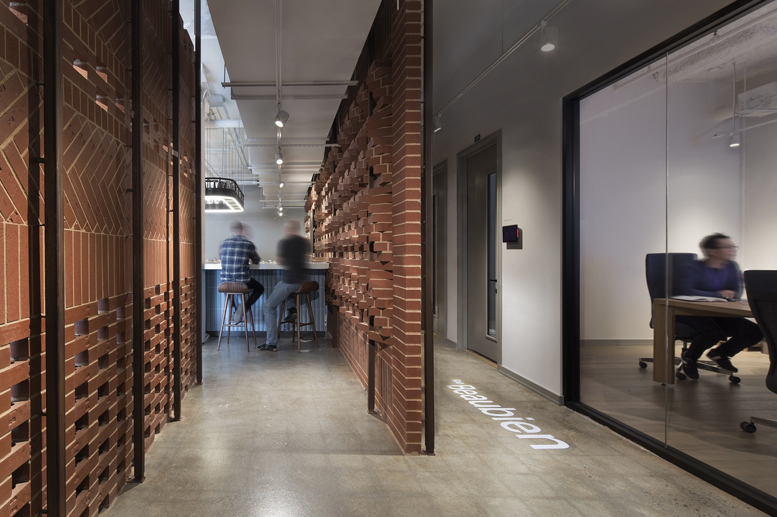 elements-ai-montreal-office-15