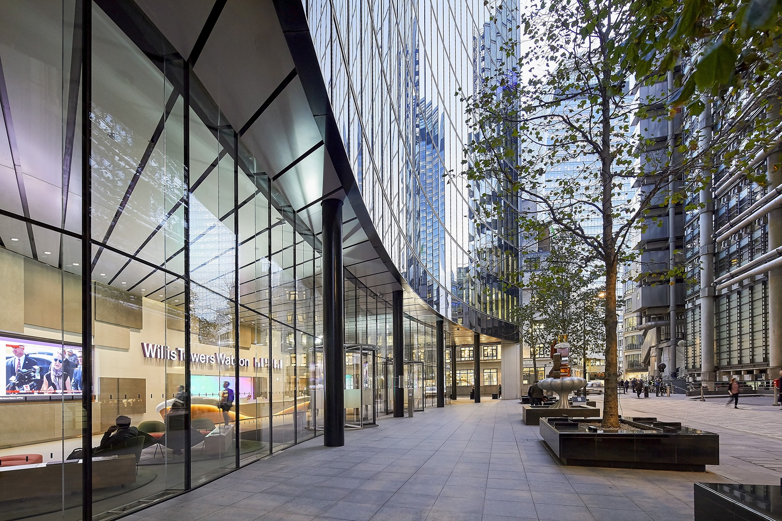 willis-towers-office-london-10