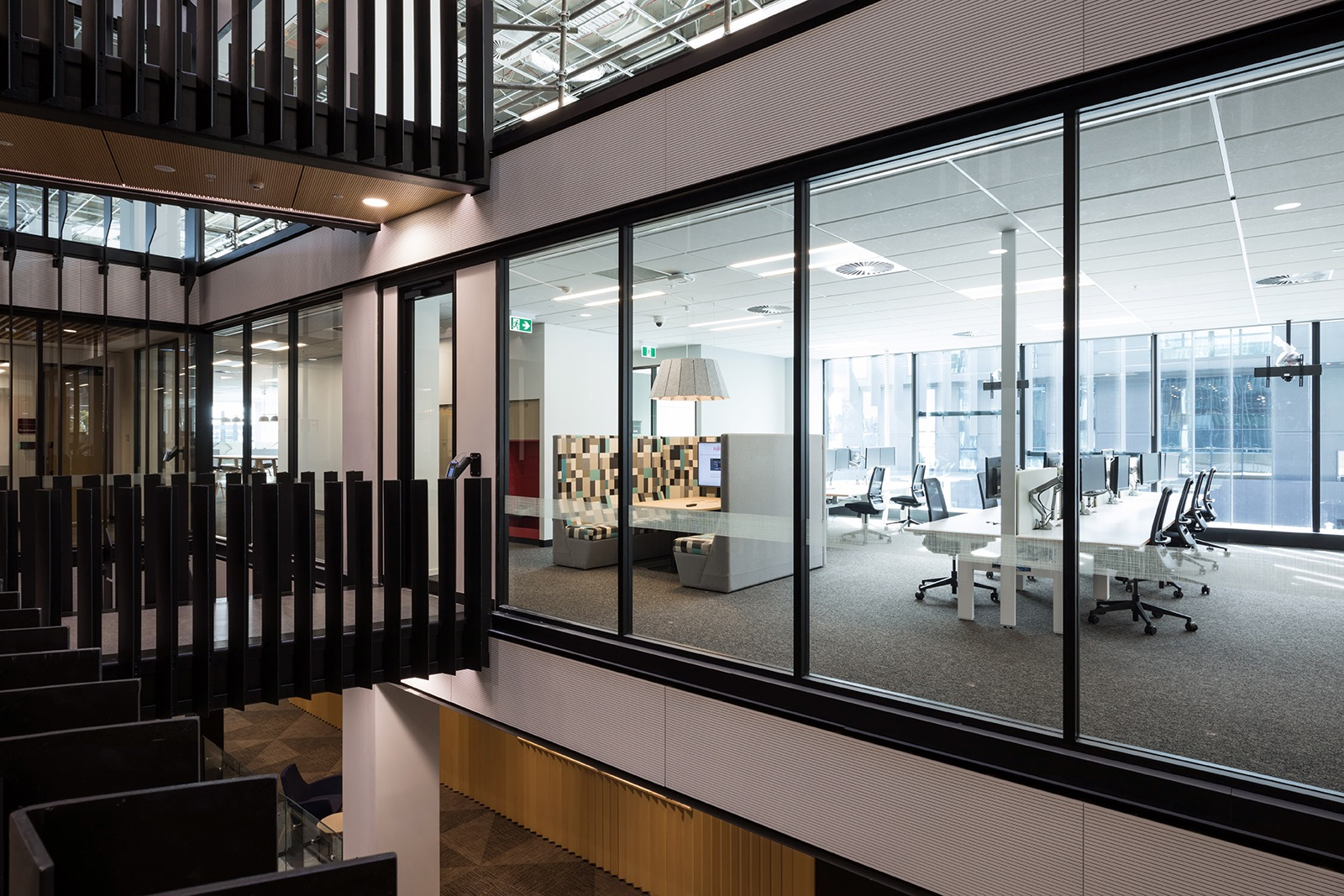 fujitsu-auckland-office-6