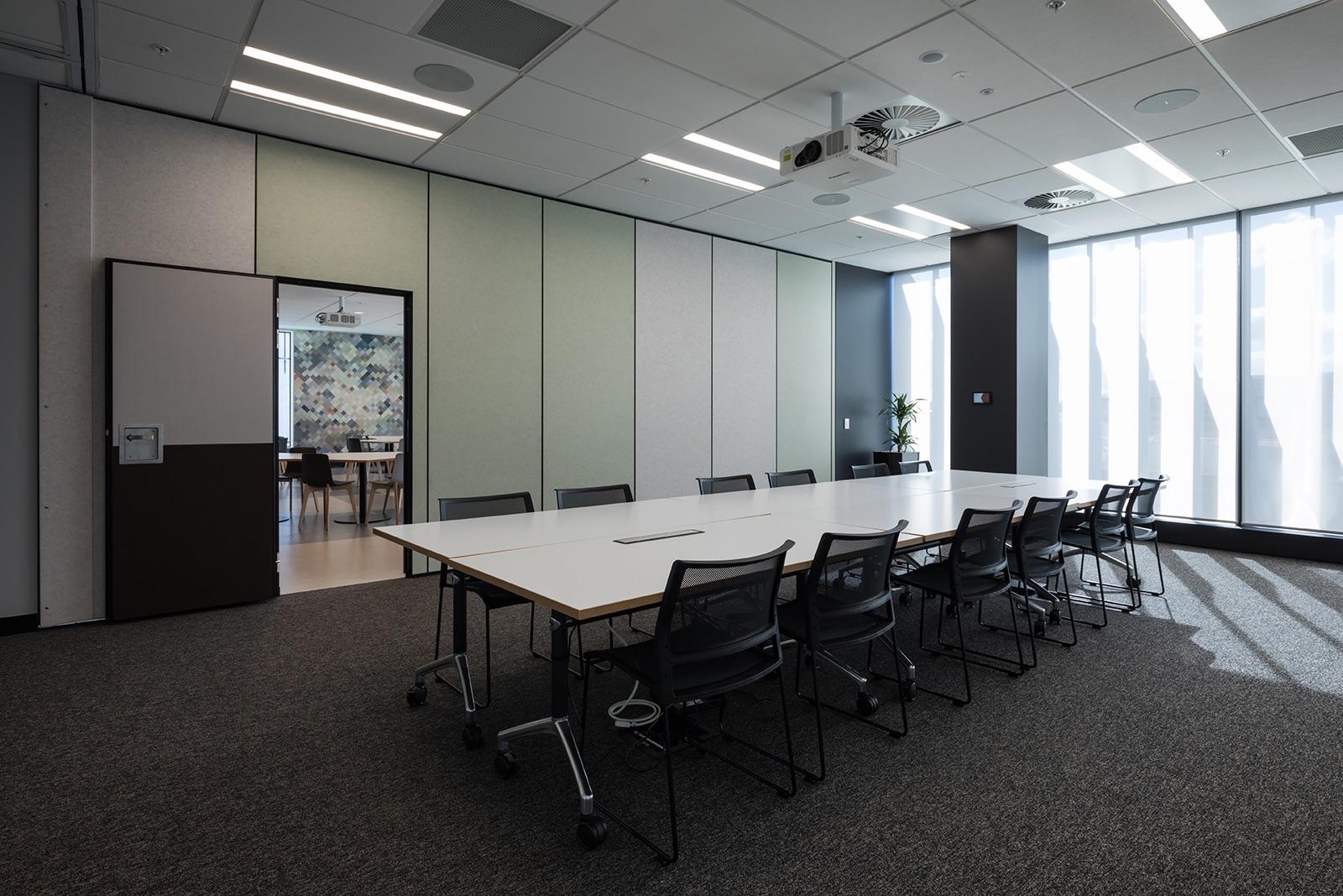 fujitsu-auckland-office-8