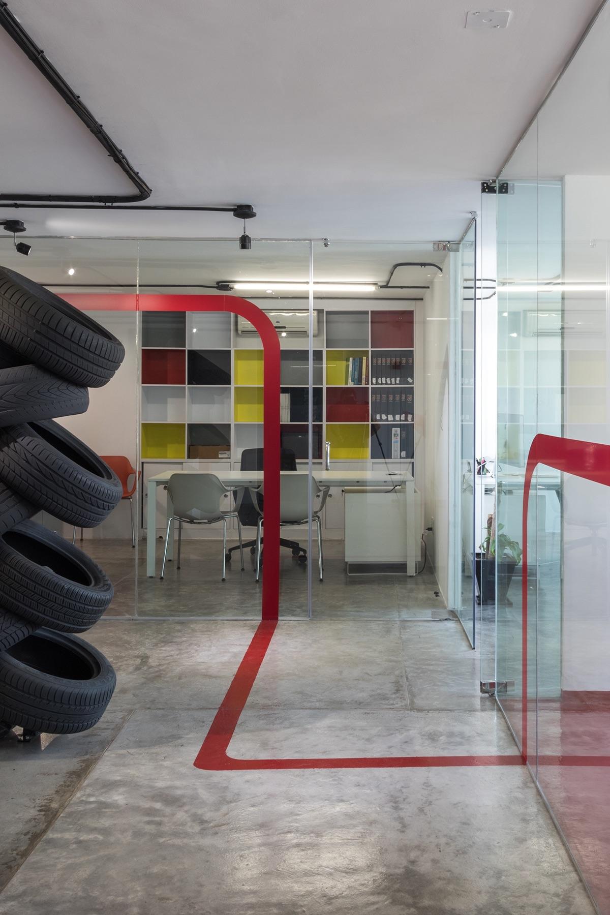 latam-auto-mexico-office-2