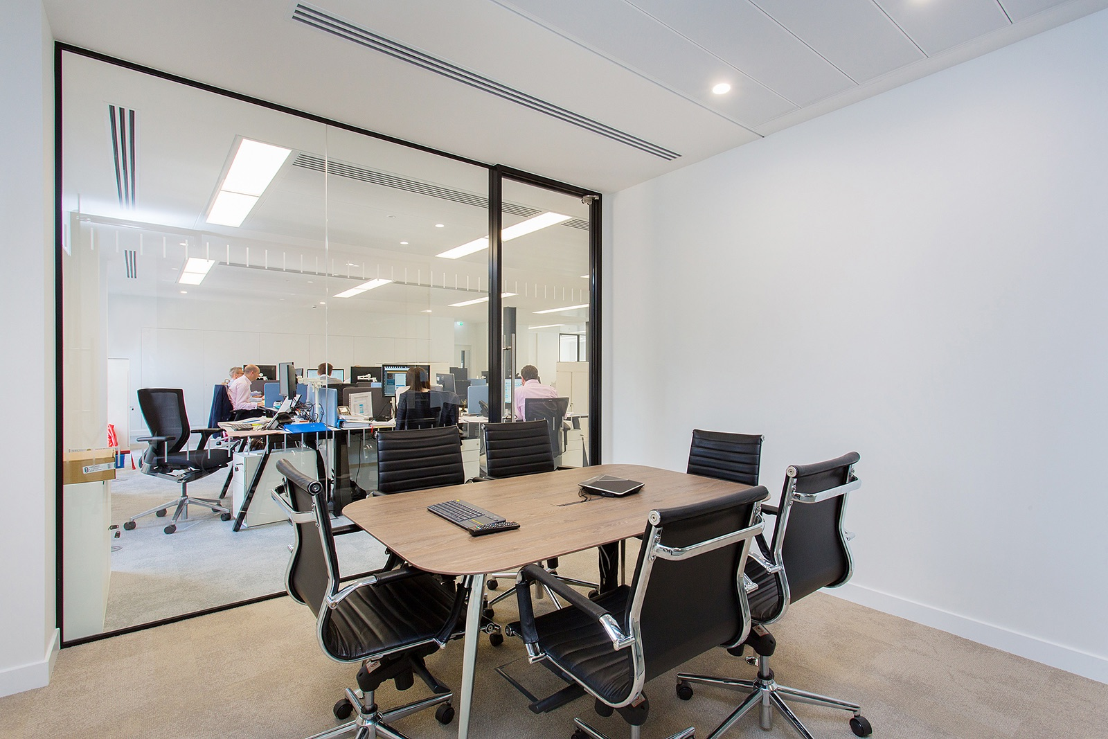 woodford-london-office-10