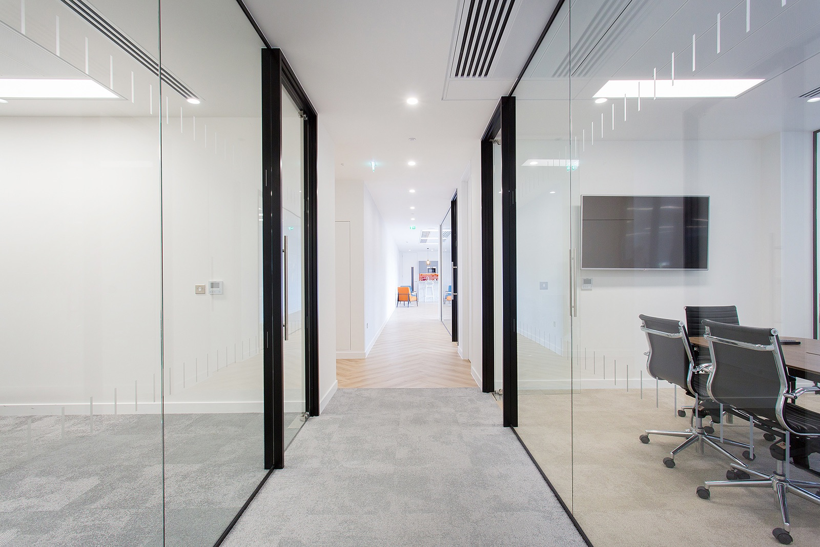 woodford-london-office-12