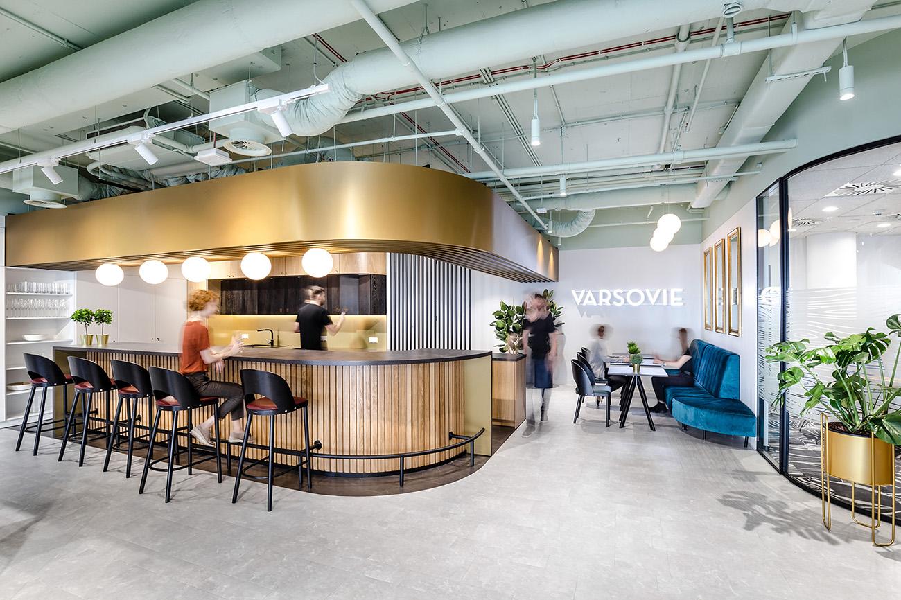 A Tour of Ceetrus' Modern Warsaw Office