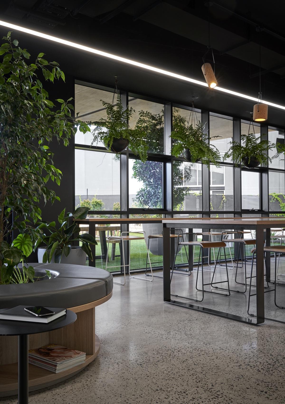 civilex-melbourne-office-12