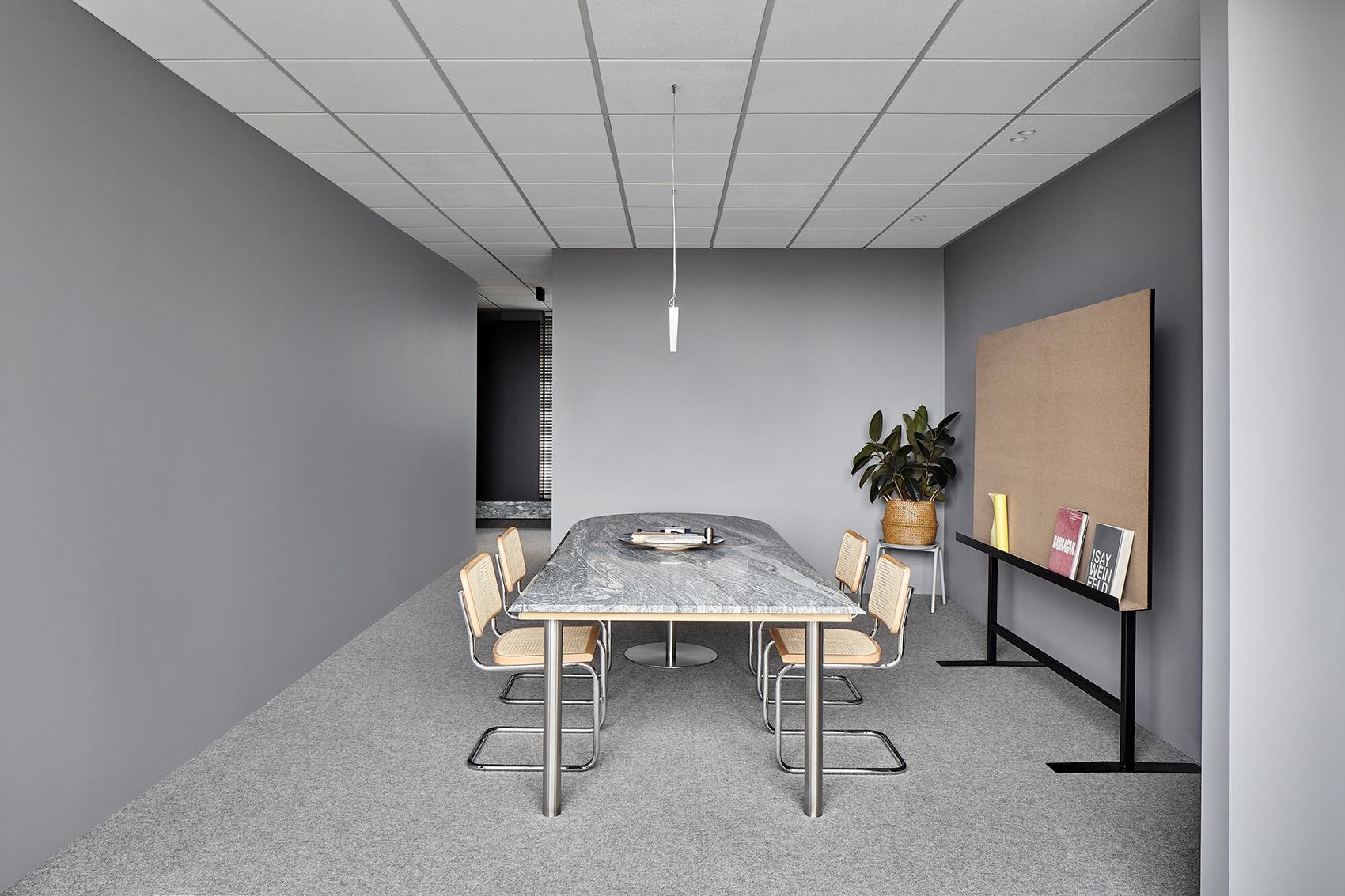 davidov-architects-studio-office-10