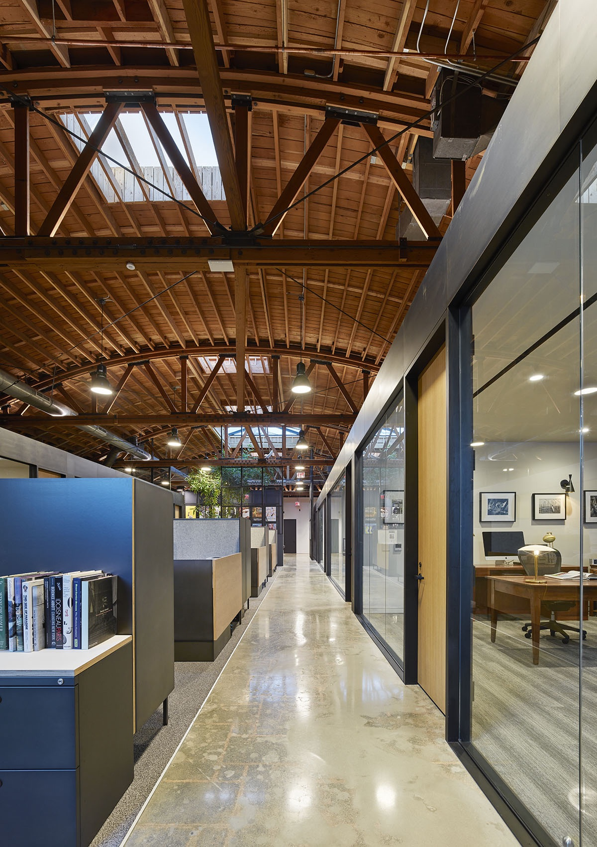 john-wells-productions-la-office-17