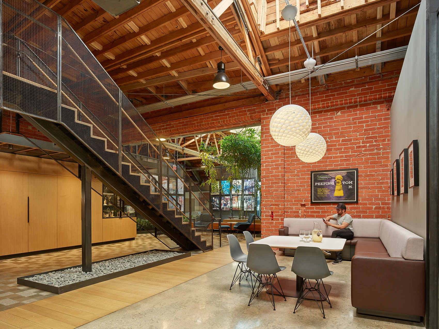 john-wells-productions-la-office-4