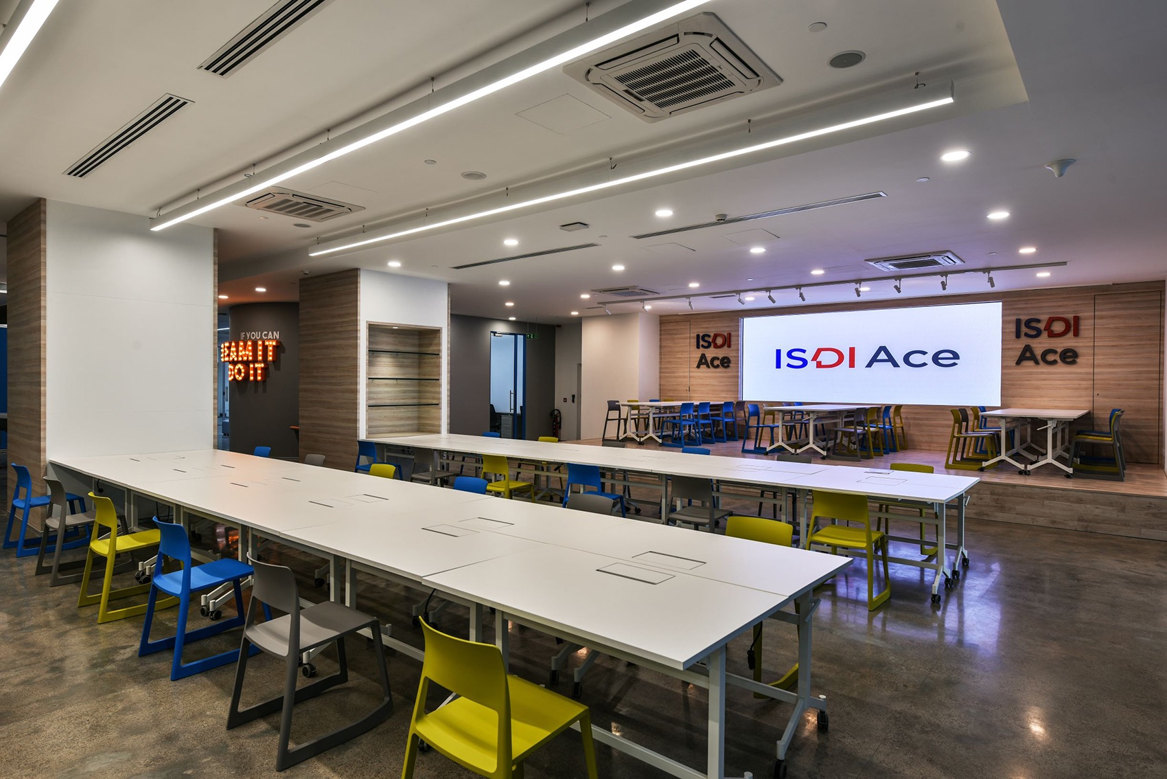 isdi-ace-office-8