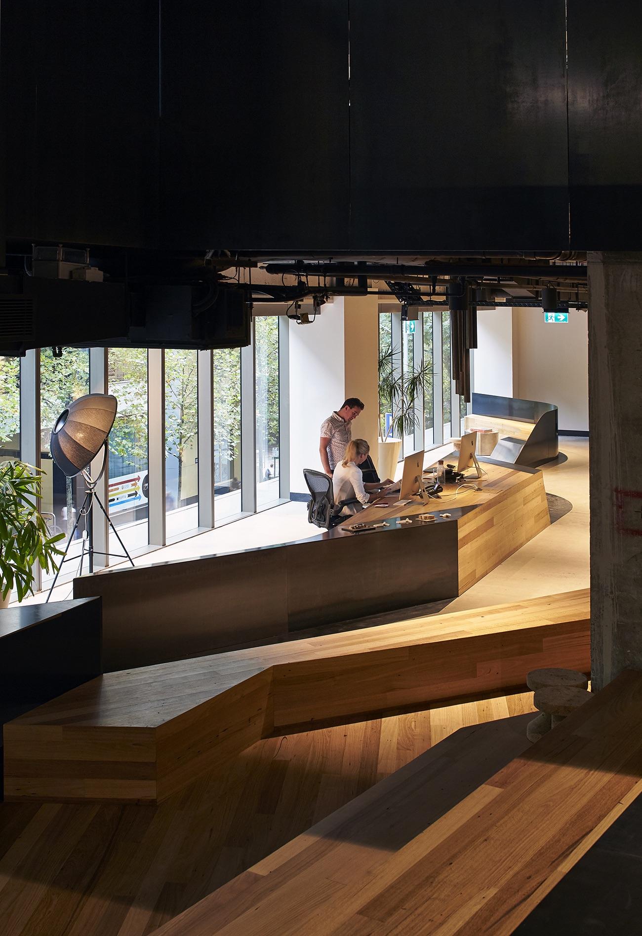 woods-bagot-melbourne-office-11