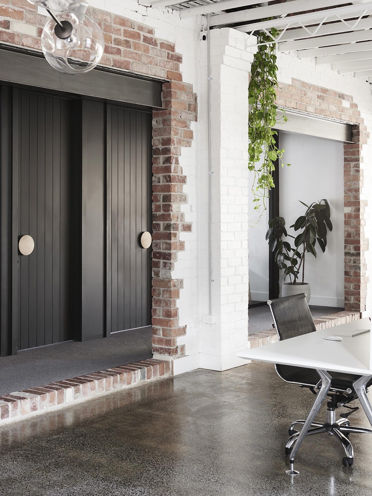 dwa-nbd-studio-office-13