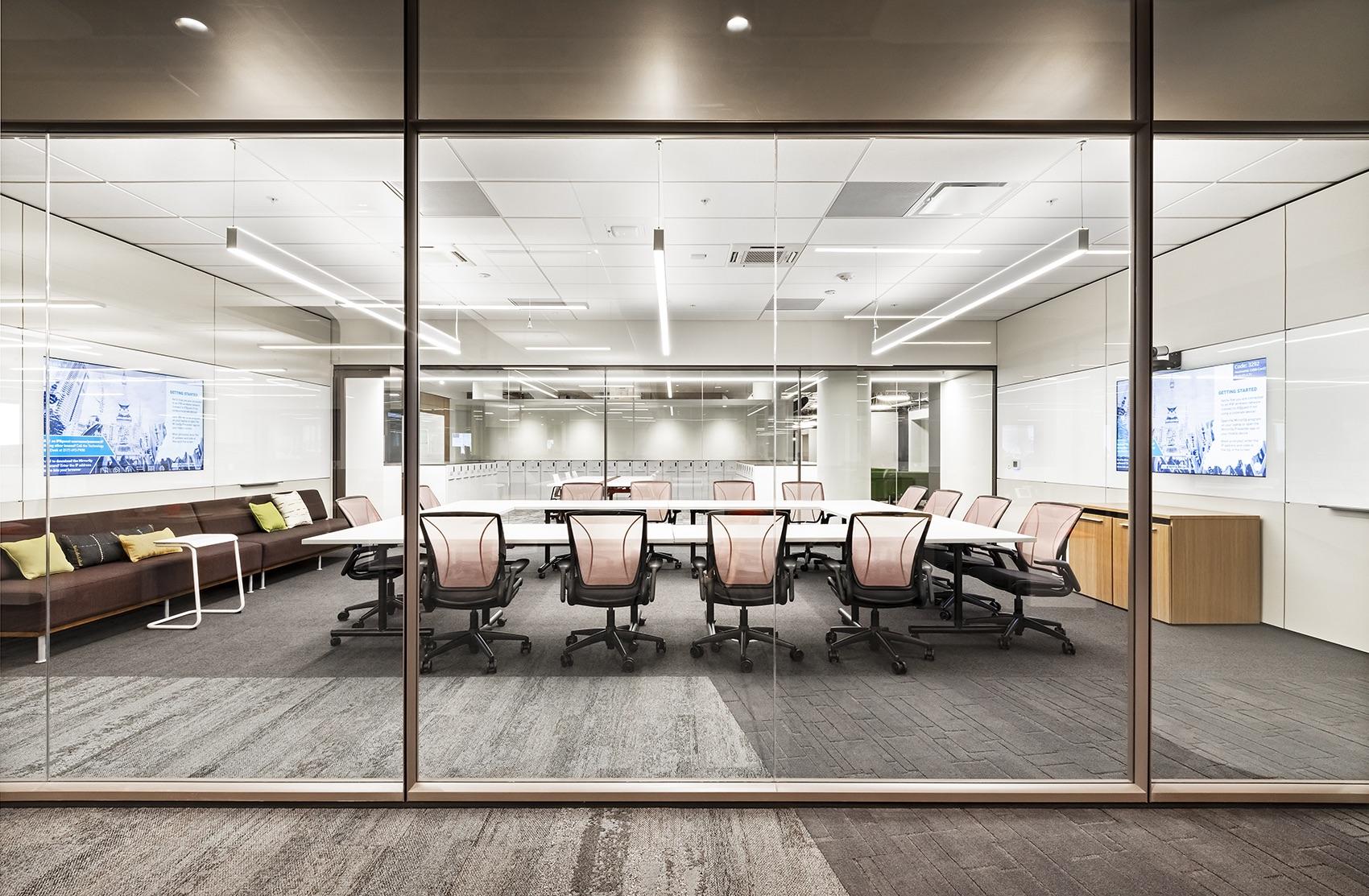 insurance-company-office-5