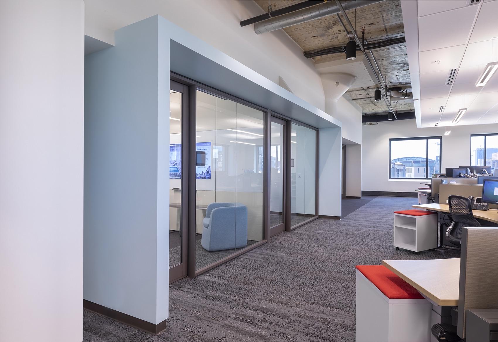 insurance-company-office-7