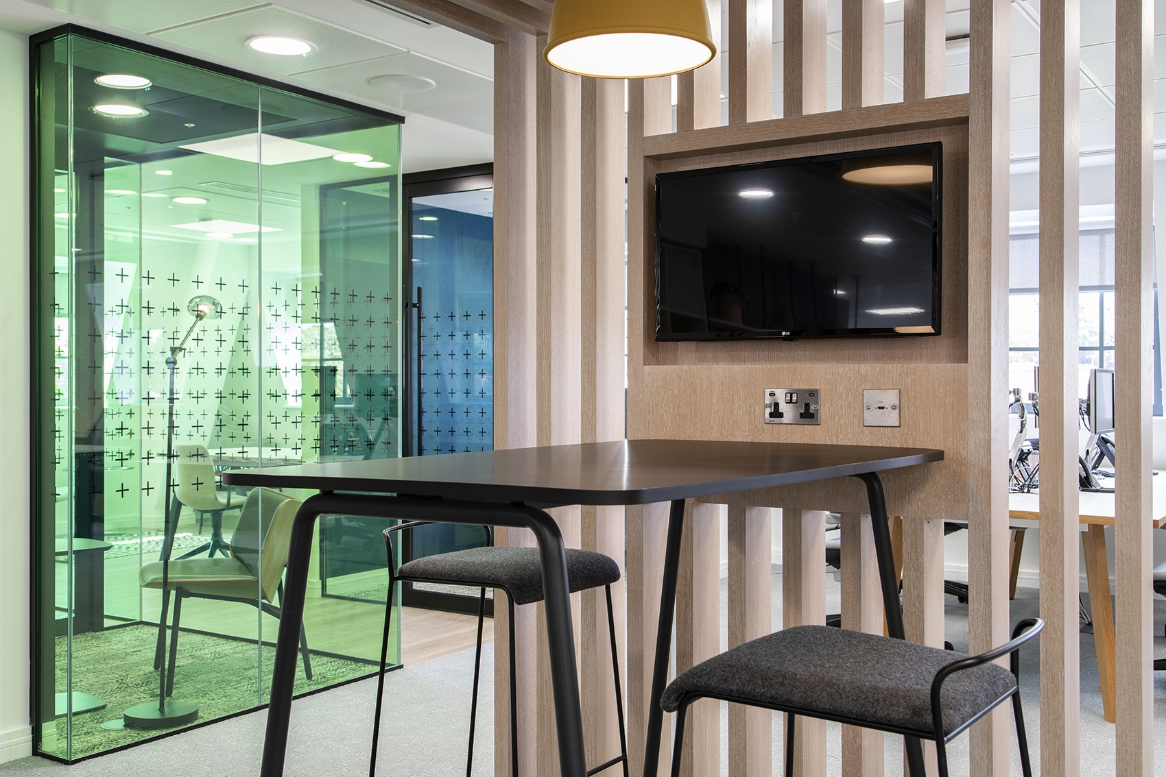 peldon-rose-new-office-london-12