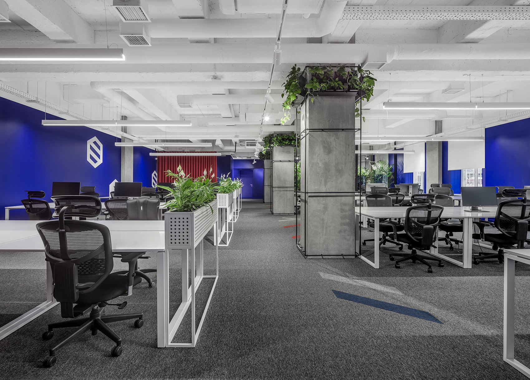 socialtech-office-1