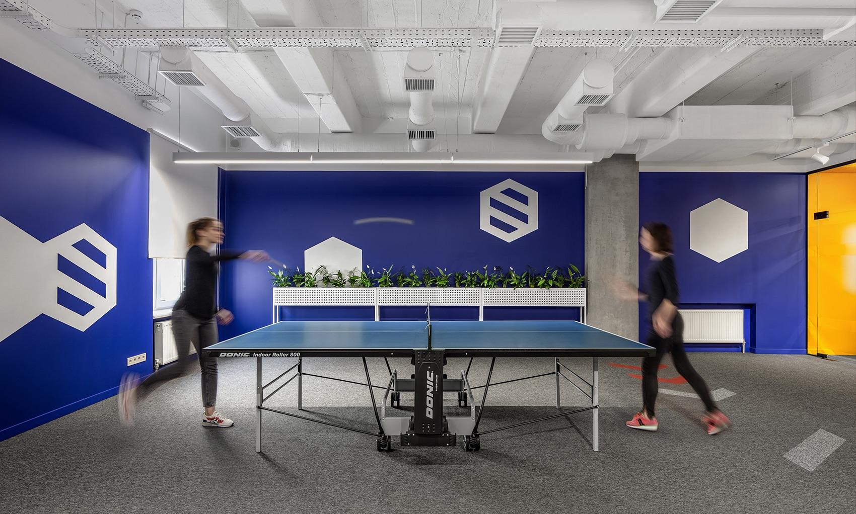 socialtech-office-11