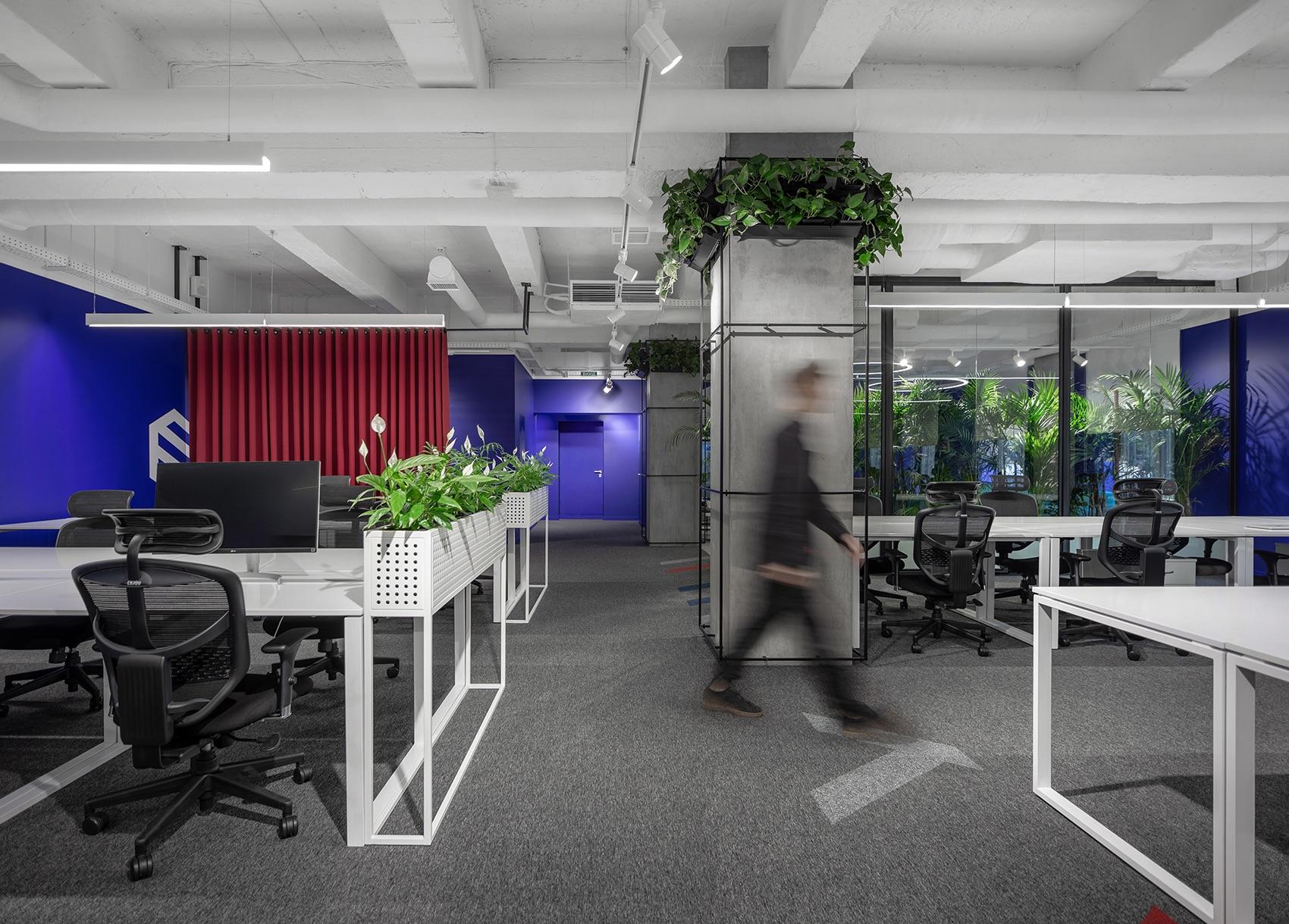 socialtech-office-2