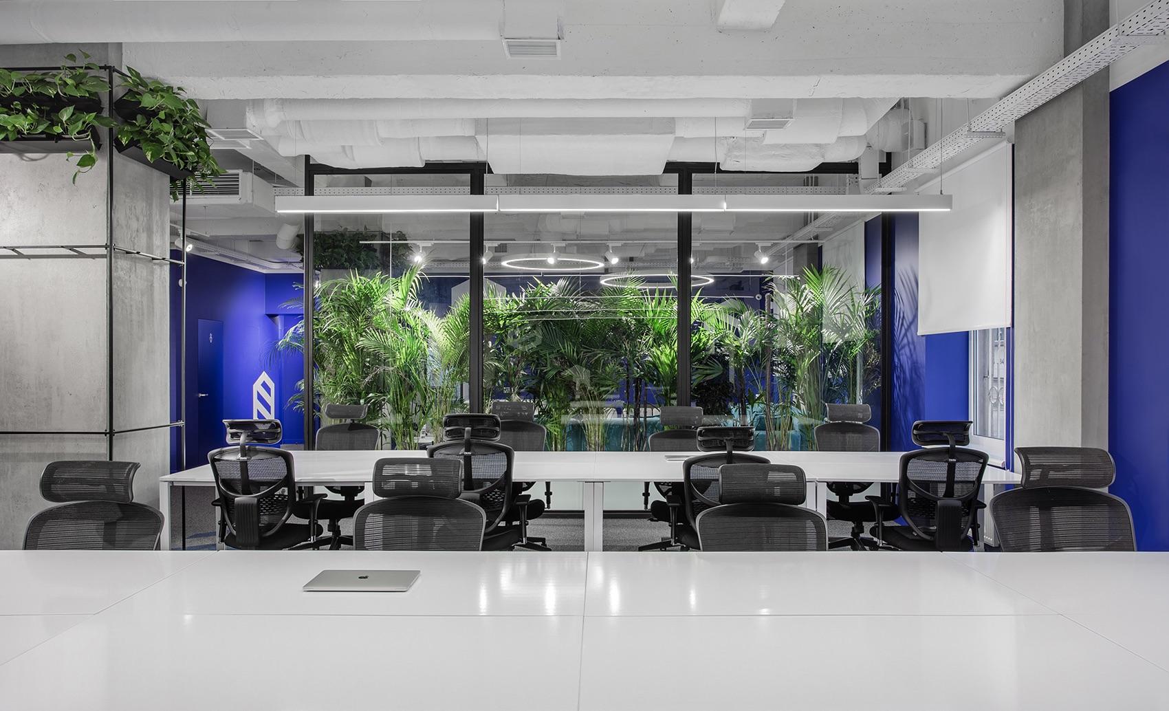 socialtech-office-4